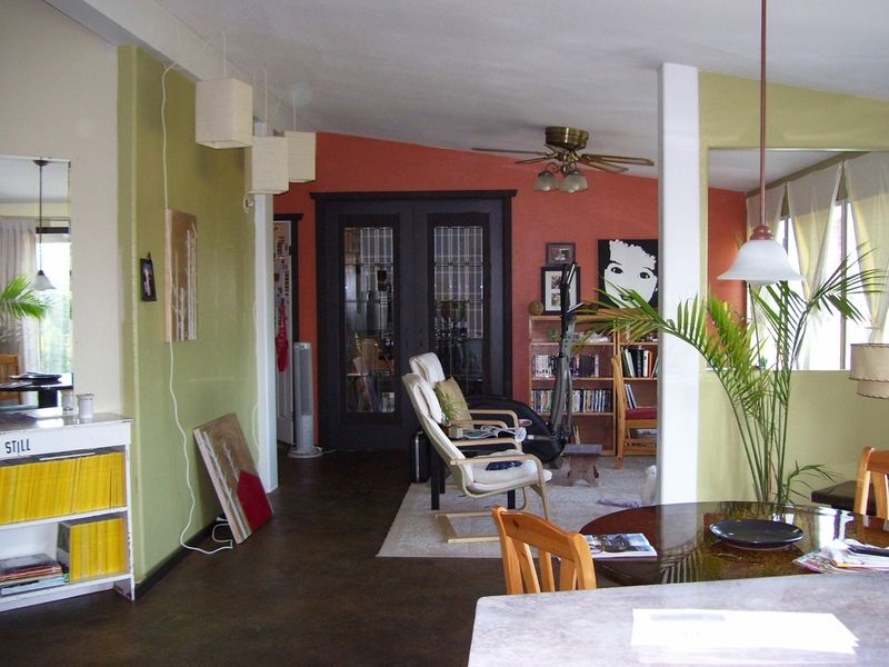 Pic of sunroom bills doors